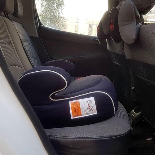 صندلی ماشین کودک بوستر 4 سال به بالا سورمه ای نوار سفید
